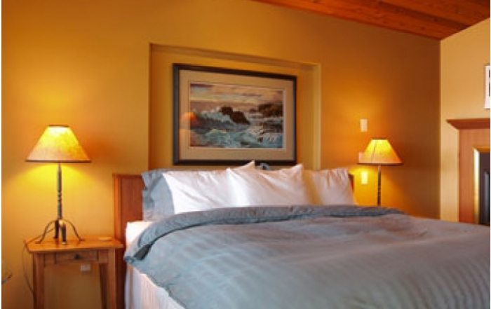 a-snug-harbour-inn-room-accommodation-ucluelet-british-columbia