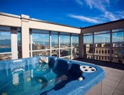 EMR Vacation Rentals provides BC Vacation Rentals in Victoria, Vancouver, Whistler, the Okanagan and Vancouver Island, British Ccolumbia