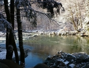 Hiking British Columbia in minus 4C, photo by Laurie McLean, The DIY blog Handy Gal Tools & Projects