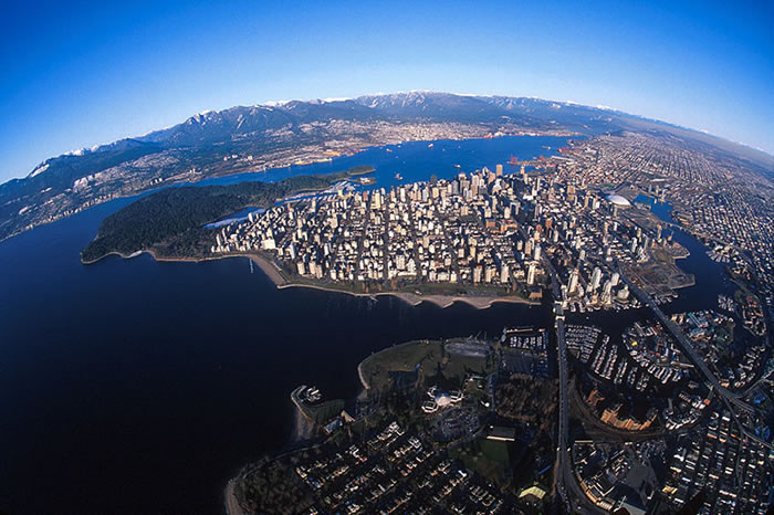city-vancouver-british-columbia-700x466