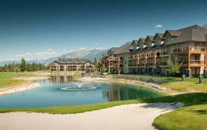 True Key Hotels & Resorts, British Columbia: Bighorn Meadows Resort, Radium Hot Springs